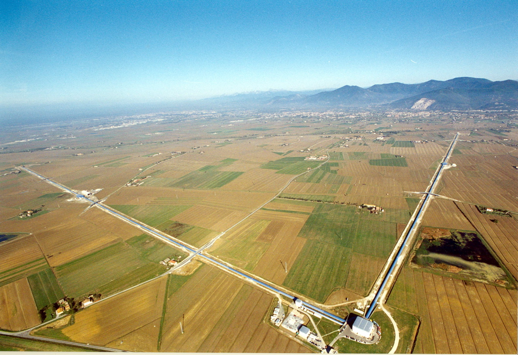 Aerial view of the VIRGO observatory, now re-baptized EGO. Credits:  INFN