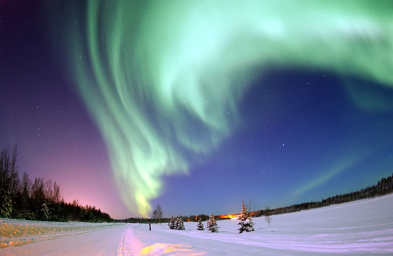 Aurora borealis or Northern lights, above the Bear Lake in Alaska. Credits: Wikimedia Commons